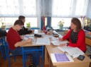 """Zajęcia wyrównawcze z przedmiotów szkolnych we Włocławku podczas realizacji ubiegłorocznego projektu OHP pn. """"Pomysł na siebie"""""""